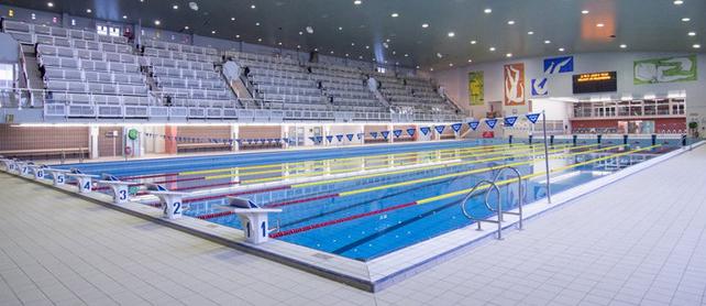 Zwembad wezenberg for Zwembad belgie